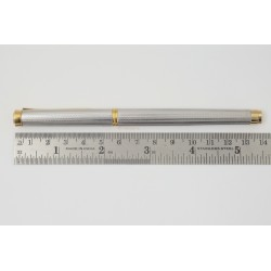 Pelikan P390 Silver Guilloche 18C M Gold-nib Cartridge filler Fountain Pen